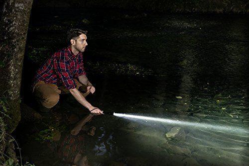 Brennenstuhl Taschenlampe LED LuxPremium/Taschenleuchte mit CREE-LED, hohe Reichweite (700 lm, 300m, umfangreiche Licht-Funktionen) Farbe: schwarz